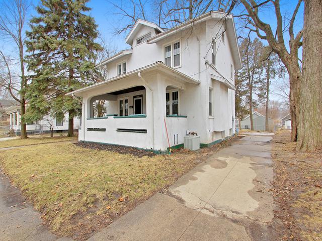 904 N Lee Street, Bloomington, IL 61701 (MLS #10314372) :: HomesForSale123.com
