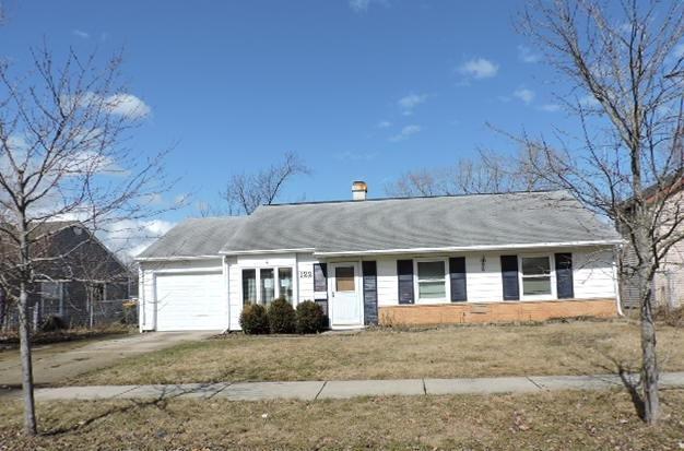 122 Fairview Lane, Streamwood, IL 60107 (MLS #10314374) :: The Dena Furlow Team - Keller Williams Realty