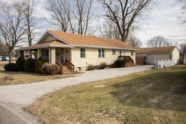 210 E 12th Street, GEORGETOWN, IL 61846 (MLS #10314506) :: Ryan Dallas Real Estate