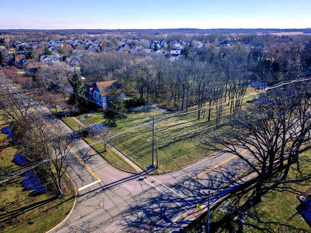 430 Raffel Road, Woodstock, IL 60098 (MLS #10314627) :: Lewke Partners