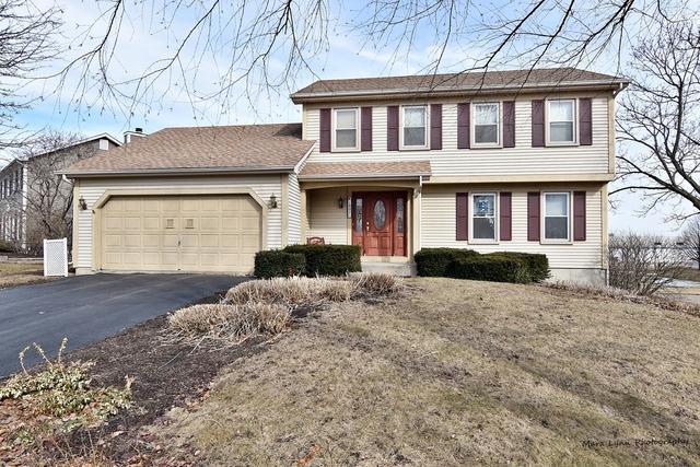 1802 Cumberland Green Drive, St. Charles, IL 60174 (MLS #10314654) :: Helen Oliveri Real Estate