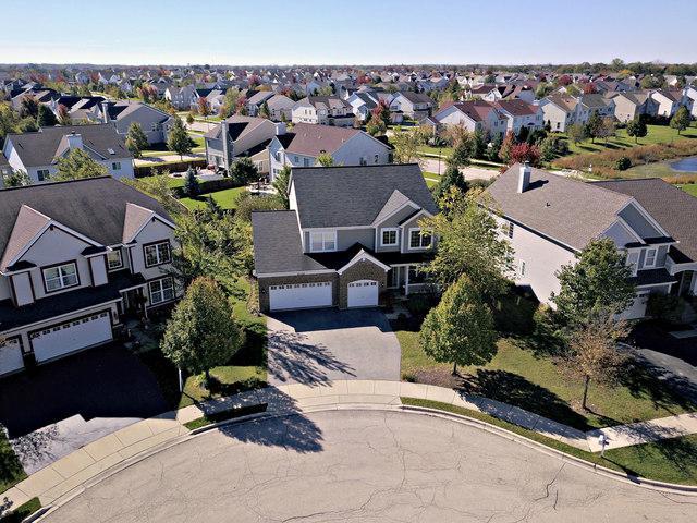 10735 Bayhill Court, Huntley, IL 60142 (MLS #10314656) :: Helen Oliveri Real Estate