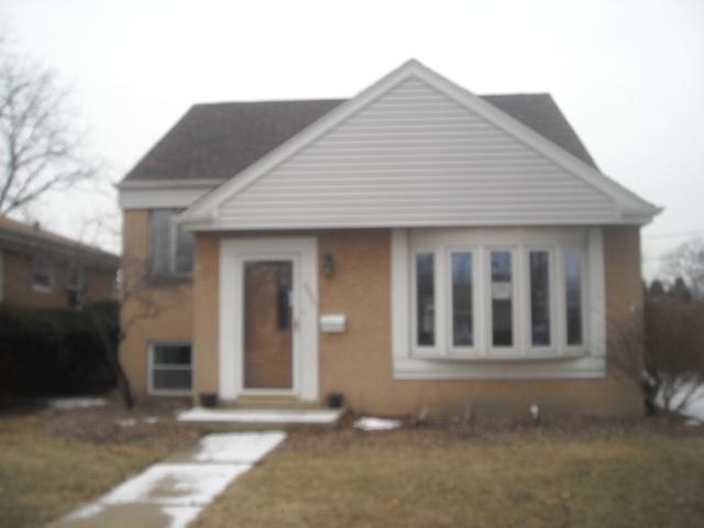 9035 28th Street, Brookfield, IL 60513 (MLS #10314672) :: The Dena Furlow Team - Keller Williams Realty