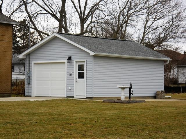 403 W Oregon Street, Polo, IL 61064 (MLS #10314848) :: BNRealty