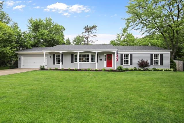 111 N Glendale Avenue, Barrington, IL 60010 (MLS #10314985) :: T2K Properties