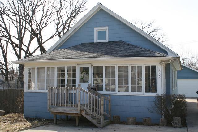 525 N Briggs Street, Joliet, IL 60432 (MLS #10315045) :: Baz Realty Network | Keller Williams Preferred Realty