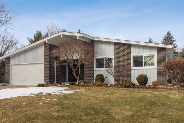 1820 E Sitka Lane, Mount Prospect, IL 60056 (MLS #10315230) :: T2K Properties