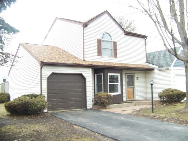 2398 Linden Drive, Woodstock, IL 60098 (MLS #10315308) :: Lewke Partners