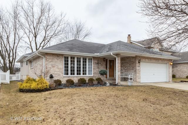 17319 Arrowhead Terrace, Oak Forest, IL 60452 (MLS #10315378) :: Helen Oliveri Real Estate