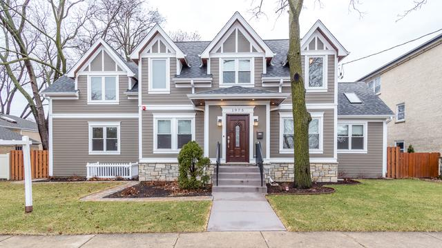 1975 W Touhy Avenue, Park Ridge, IL 60068 (MLS #10315385) :: T2K Properties