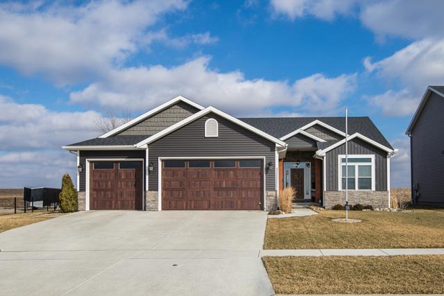 1206 Ledgestone Drive, Normal, IL 61761 (MLS #10315683) :: Janet Jurich Realty Group