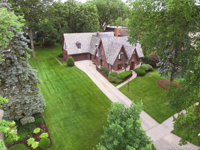 314 S Kenilworth Avenue, Elmhurst, IL 60126 (MLS #10315984) :: Baz Realty Network | Keller Williams Preferred Realty