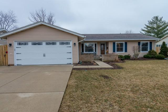 577 Yarmouth Road, Elk Grove Village, IL 60007 (MLS #10316445) :: Century 21 Affiliated