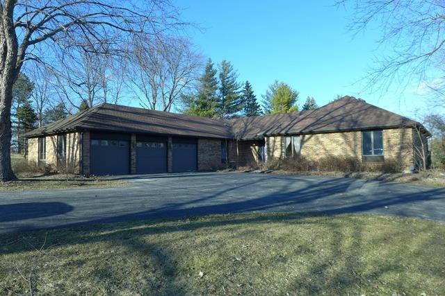 7430 Cove Drive, Cary, IL 60013 (MLS #10316471) :: HomesForSale123.com