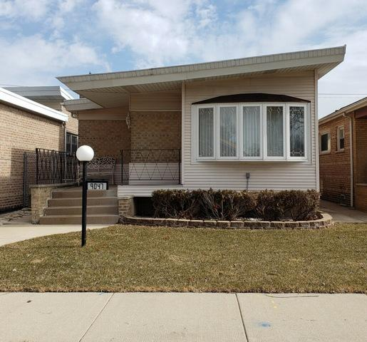 9047 S Oglesby Avenue, Chicago, IL 60617 (MLS #10316551) :: The Dena Furlow Team - Keller Williams Realty