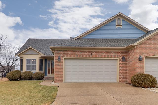 7 Spruce Court, Bloomington, IL 61704 (MLS #10316731) :: Ryan Dallas Real Estate