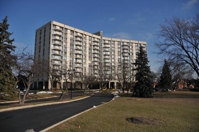 20 N Tower Road 1E, Oak Brook, IL 60523 (MLS #10316732) :: Ryan Dallas Real Estate
