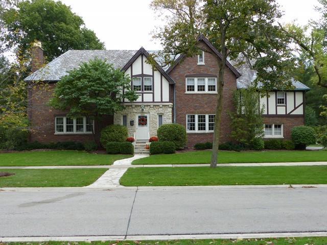 355 Myrtle Street, Winnetka, IL 60093 (MLS #10317026) :: Baz Realty Network | Keller Williams Preferred Realty