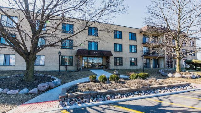 130 E Grand Avenue #109, Elmhurst, IL 60126 (MLS #10317194) :: Baz Realty Network | Keller Williams Preferred Realty