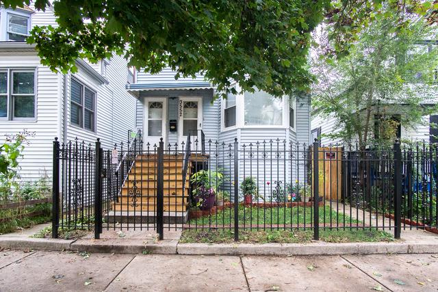 Chicago, IL 60647 :: Leigh Marcus | @properties