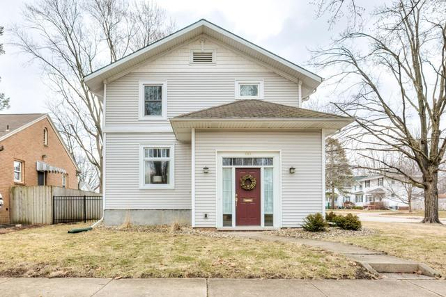 222 S Florence Avenue, Bloomington, IL 61701 (MLS #10317484) :: Janet Jurich Realty Group