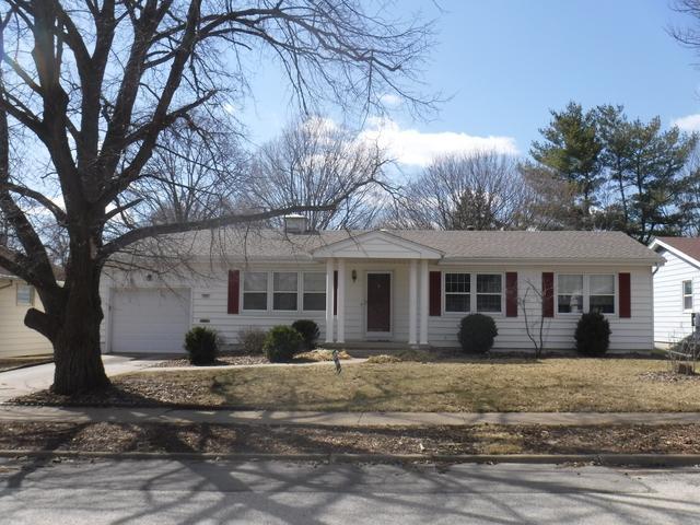 303 Oakdale Avenue, Normal, IL 61761 (MLS #10317759) :: Janet Jurich Realty Group