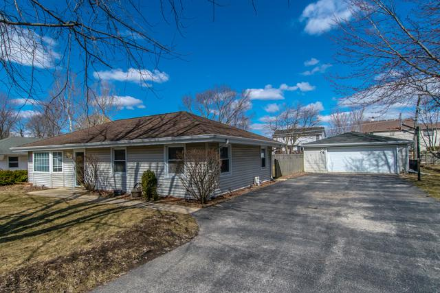3109 Harris Drive, Joliet, IL 60431 (MLS #10317765) :: Helen Oliveri Real Estate