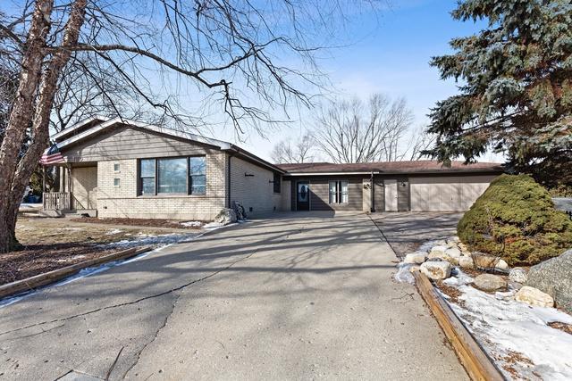 180 Trenton Avenue, South Elgin, IL 60177 (MLS #10317772) :: Helen Oliveri Real Estate