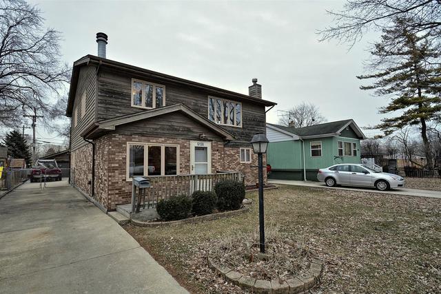 6138 Birmingham Street, Chicago Ridge, IL 60415 (MLS #10317775) :: Helen Oliveri Real Estate