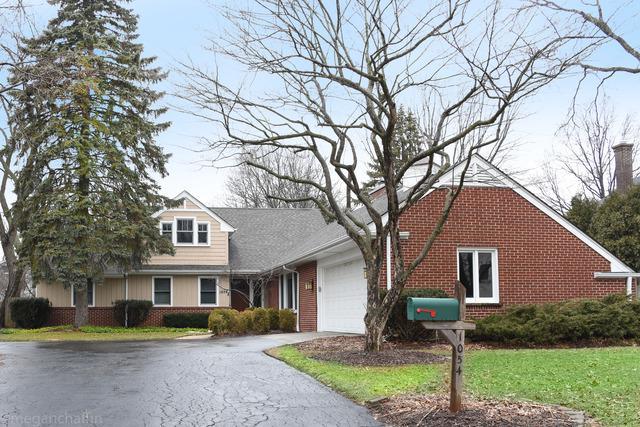 1054 Western Avenue, Northbrook, IL 60062 (MLS #10317879) :: Helen Oliveri Real Estate