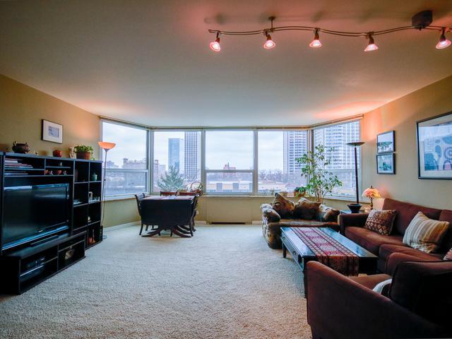 720 W Gordon Terrace 6K, Chicago, IL 60613 (MLS #10317929) :: Leigh Marcus | @properties