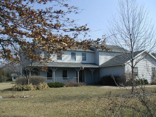 4600 C Douglas Road, Oswego, IL 60543 (MLS #10318091) :: Baz Realty Network | Keller Williams Preferred Realty