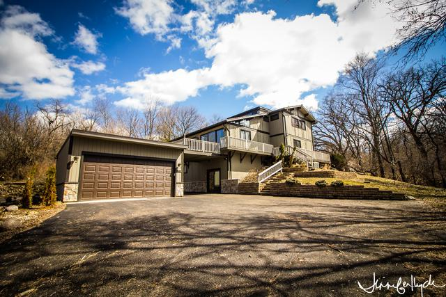 10110 N River Road, Barrington Hills, IL 60102 (MLS #10318131) :: Lewke Partners