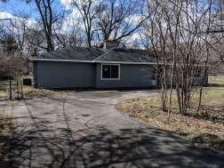 599 W Miller Road, North Barrington, IL 60010 (MLS #10318335) :: Lewke Partners