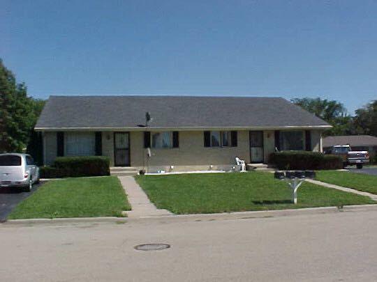 4892 Hampshire Close, Rockford, IL 61109 (MLS #10318463) :: Baz Realty Network | Keller Williams Preferred Realty