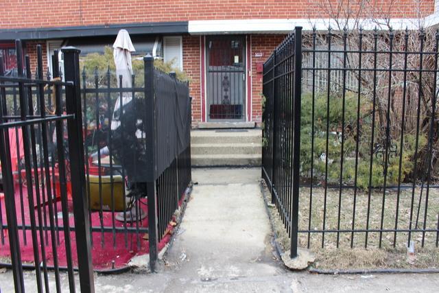 5019 W Gladys Avenue C, Chicago, IL 60644 (MLS #10318465) :: Lewke Partners