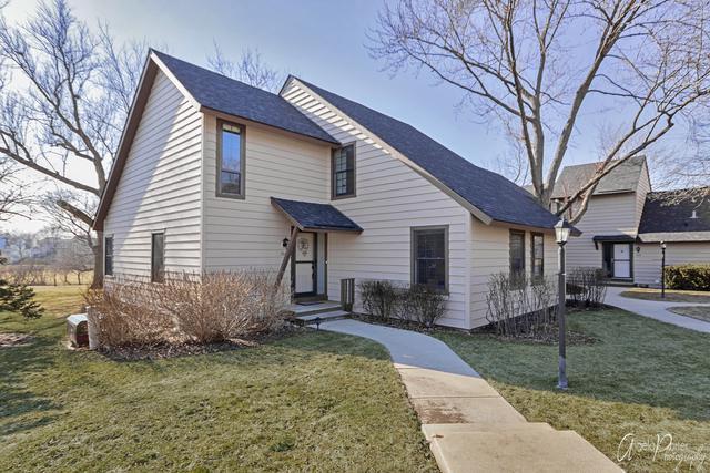 704 Chandler Road, Gurnee, IL 60031 (MLS #10318549) :: Janet Jurich Realty Group