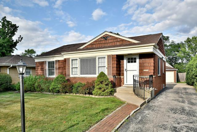 679 S Berkley Avenue, Elmhurst, IL 60126 (MLS #10318654) :: Baz Realty Network | Keller Williams Preferred Realty