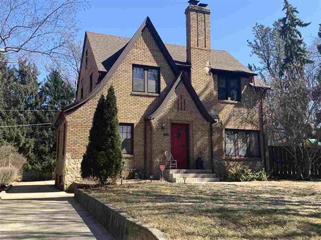 117 N Highland Avenue, Rockford, IL 61107 (MLS #10319389) :: Baz Realty Network | Keller Williams Preferred Realty
