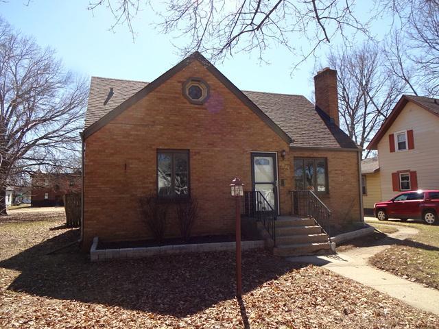 1909 17th Avenue, Rockford, IL 61104 (MLS #10319812) :: Baz Realty Network | Keller Williams Preferred Realty