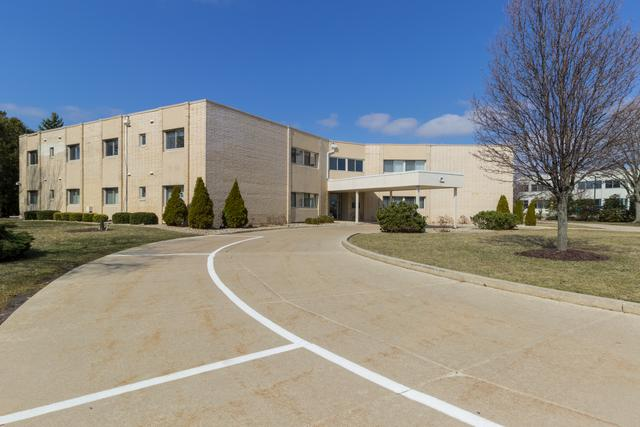 307 Fairway Drive #7, Bloomington, IL 61701 (MLS #10319838) :: Janet Jurich Realty Group