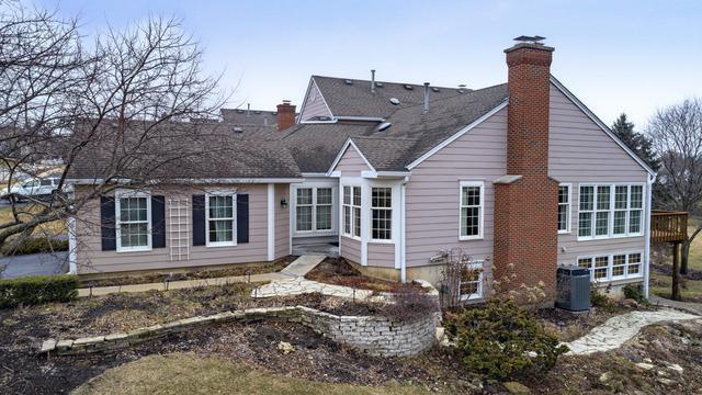 238 Sedgewick Circle, St. Charles, IL 60174 (MLS #10319950) :: Helen Oliveri Real Estate