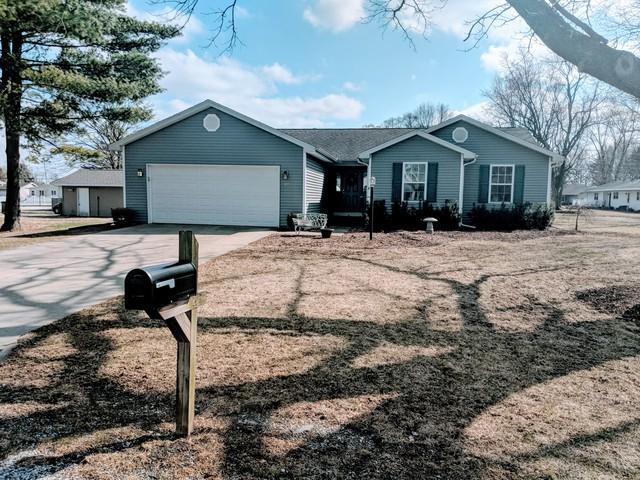 307 W Strong Street, TOLONO, IL 61880 (MLS #10320070) :: Ryan Dallas Real Estate