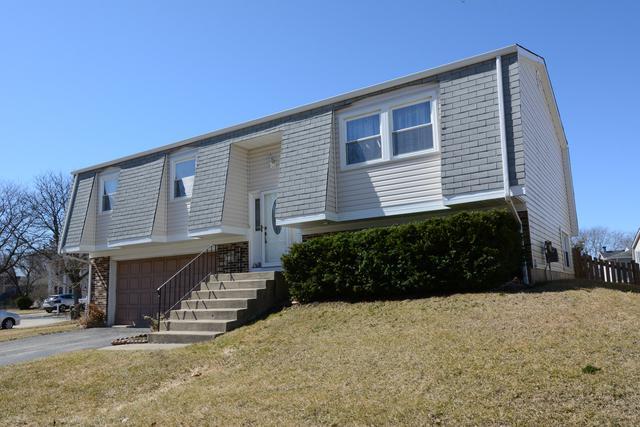 4180 Ludington Court, Hoffman Estates, IL 60192 (MLS #10320183) :: Helen Oliveri Real Estate