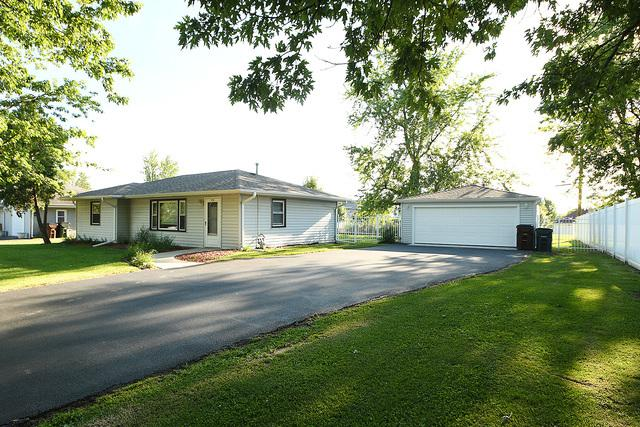 19742 Glennell Avenue, Mokena, IL 60448 (MLS #10321633) :: Century 21 Affiliated