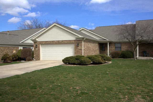 2012 Eagle Ridge Court A, Urbana, IL 61802 (MLS #10321779) :: Janet Jurich Realty Group