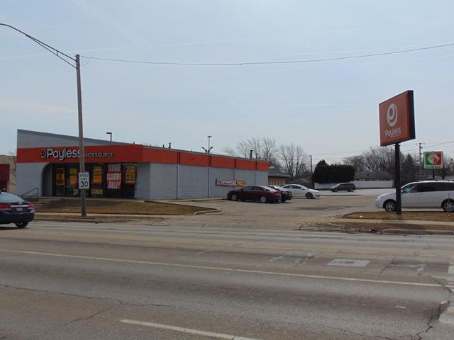 2511 Grand Avenue - Photo 1