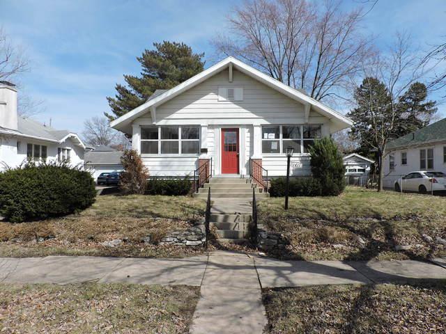 1411 Oak Street, Danville, IL 61832 (MLS #10322304) :: Helen Oliveri Real Estate