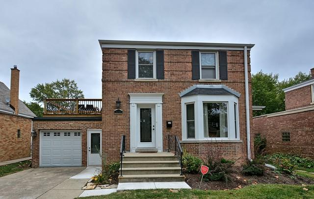 2243 S 3rd Avenue, North Riverside, IL 60546 (MLS #10323253) :: Domain Realty