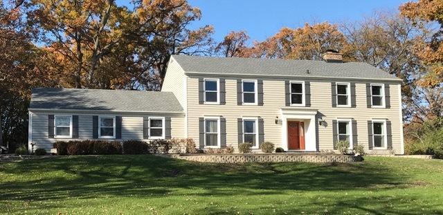 428 E Oakwood Drive, Barrington, IL 60010 (MLS #10323936) :: Helen Oliveri Real Estate